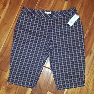 Lady Hagen plaid Bermuda Golf Shorts